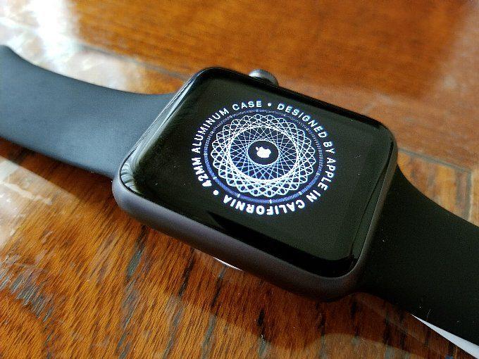 引っ張り出してきた初代Apple Watch