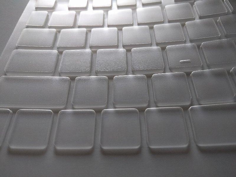 新品のキーボードカバー