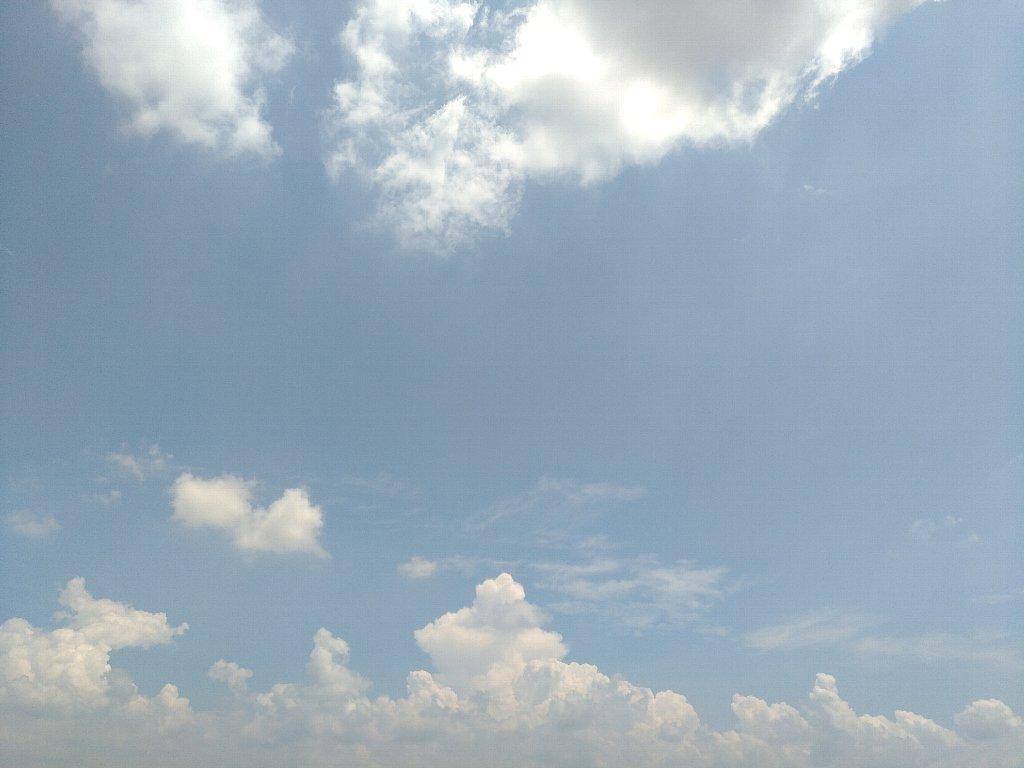 端末2で撮った青空