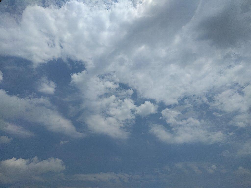 端末2で撮った空