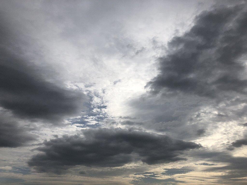 iPhone 8で撮った空
